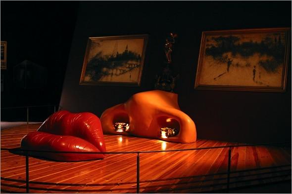 Mae West Room